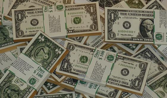 货币改革?阿塞拜疆或将计划发行塑料钞票